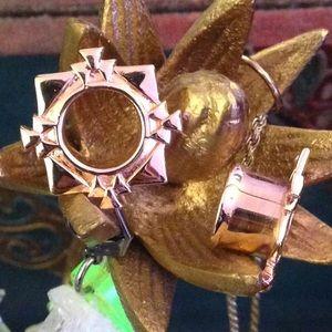 Tawapa rose rose plated The Tawapa plugs